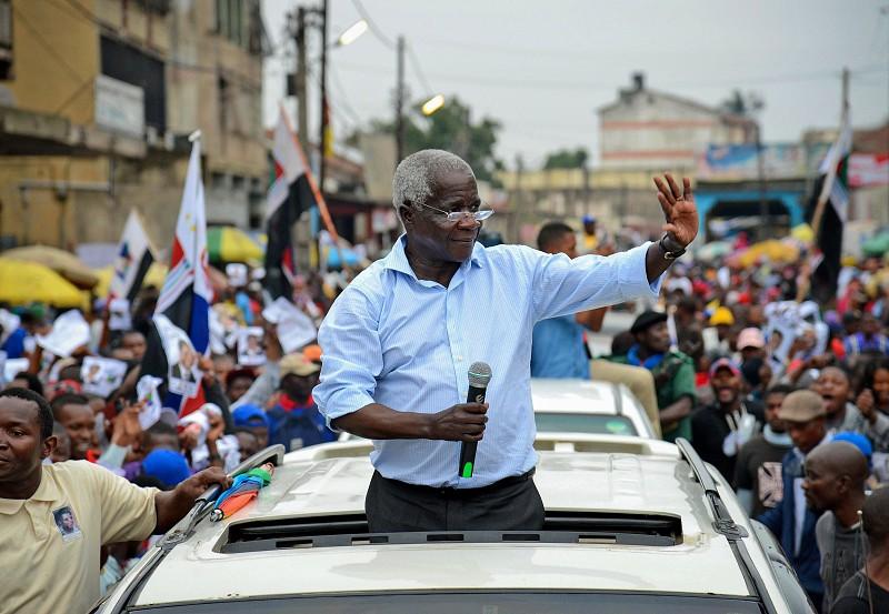 Óbito/Dhlakama: Adeus ao líder da Renamo prepara-se na cidade da Beira