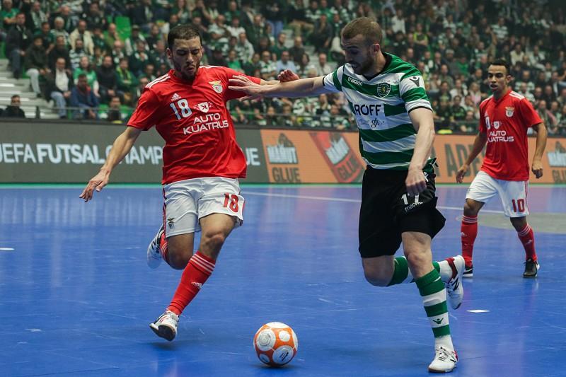 Futsal  O fim-de-semana de  Champions  colocou Benfica e Sporting ... fbd44723b9a63