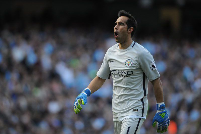 Claudio Bravo Manchester City • epa05544566 Manchester City's Claudio Bravo reacts during the English Premier League soccer match between Manchester City and AFC Bournemouth at the Etihad Stadium, Manchester, Britain, 17 September 2016.  EPA/PETER POWELL EDITORIAL USE ONLY. No use with unauthorized audio, video, data, fixture lists, club/league logos or 'live' services. Online in-match use limited to 75 images, no video emulation. No use in betting, games or single club/league/player publications EPA/PETE
