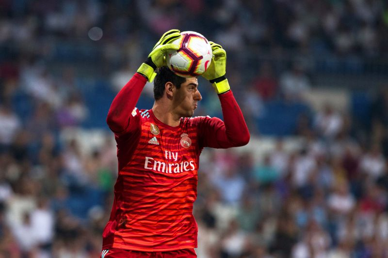 Courtois desvaloriza crise no Real Madrid: