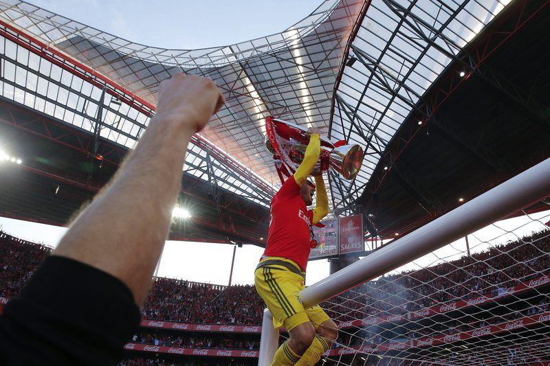 Benfica vs Nacional da Madeira • epa05308544 Benfica's goalkeeper Paulo Lopes jubilating after winning against Nacional da Madeira in the end of their Portuguese First League soccer match held at Luz stadium in Lisbon, Portugal, 15th May 2016.  EPA/TIAGO PETINGA
