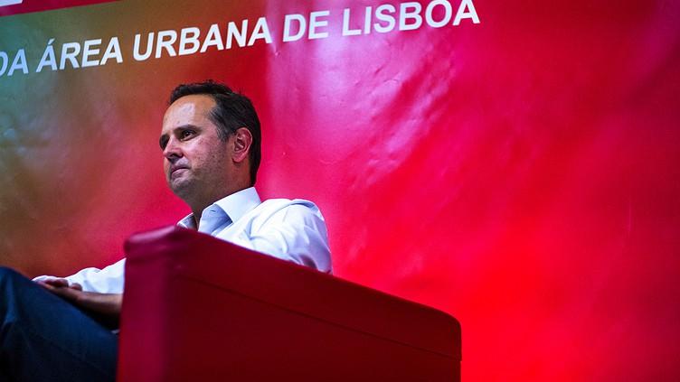Fernando Medina assume pelouros da economia e inovação na Câmara de Lisboa