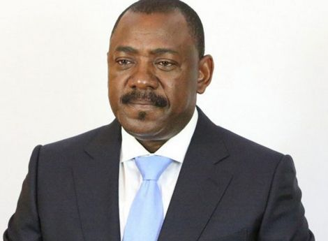 Ex-ministro dos Transportes justifica rendimentos com negócios no ramo imobiliário