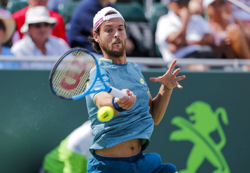 João Sousa com entrada direta no torneio de pares do Estoril Open