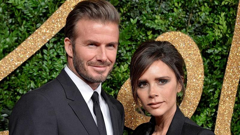 5847ea3a7684c0 David Beckham mimou as suas duas meninas no Dia dos Namorados ...