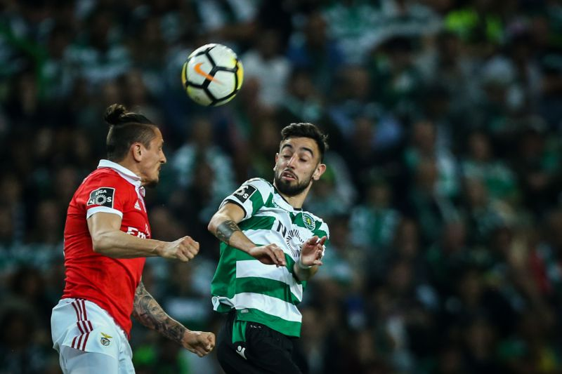 c048fc8af9 Benfica-Sporting  Um dérbi que chega em tempos de intranquilidade ...
