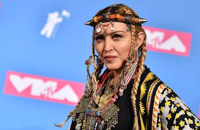 Madonna, um cavalo, polícias à paisana e sms: 'rainha da pop' acusa Portugal de ingratidão