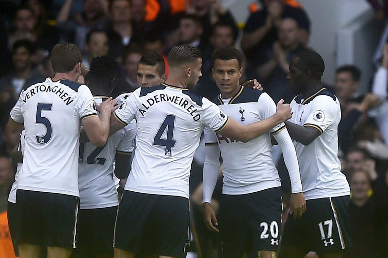 Tottenham Hotspur vs Manchester City • epa05566884 Tottenham's Dele Ali (2-R) is congratulated by teammates after scoring during the English Premier League soccer match between Tottenham Hotspur and Manchester City at White Hart Lane, London, Britain, 02 October 2016.  EPA/WILL OLIVER EDITORIAL USE ONLY. No use with unauthorized audio, video, data, fixture lists, club/league logos or 'live' services. Online in-match use limited to 75 images, no video emulation. No use in betting, games or single club/league/player publications
