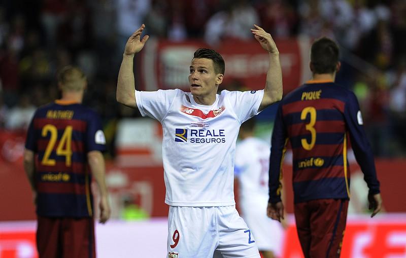 85029e5bcf FC Barcelona e Sevilha defrontam-se nos  quartos  da Taça do Rei ...