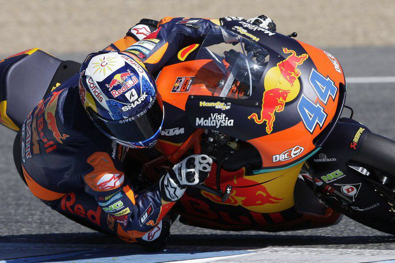 Moto2 and Moto3 tests • epa05839183 Portuguese Moto2 rider Miguel Oliveira of Red Bull KTM Ajo in action during the seocnd day of the Moto2 and Moto3 official tests held at Jerez Circuit, in Andalusia, southern Spain, on 09 March 2017.  EPA/ROMAN RIOS • Lusa