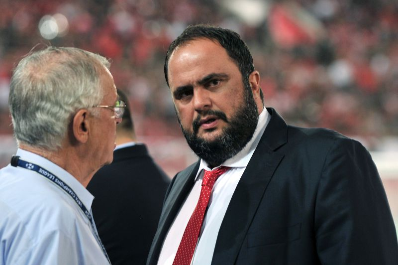Dono do Olympiacos compra Nottingham Forest
