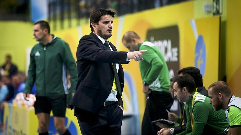696478e891 Nuno Dias entre os nomeados para melhor treinador do mundo de futsal ...