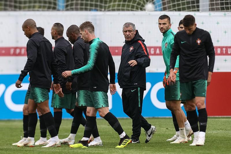 Temperaturas baixas no treino da seleção portuguesa em Kratovo