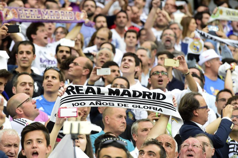 Adeptos Real Madrid • GERARD JULIEN / AFP