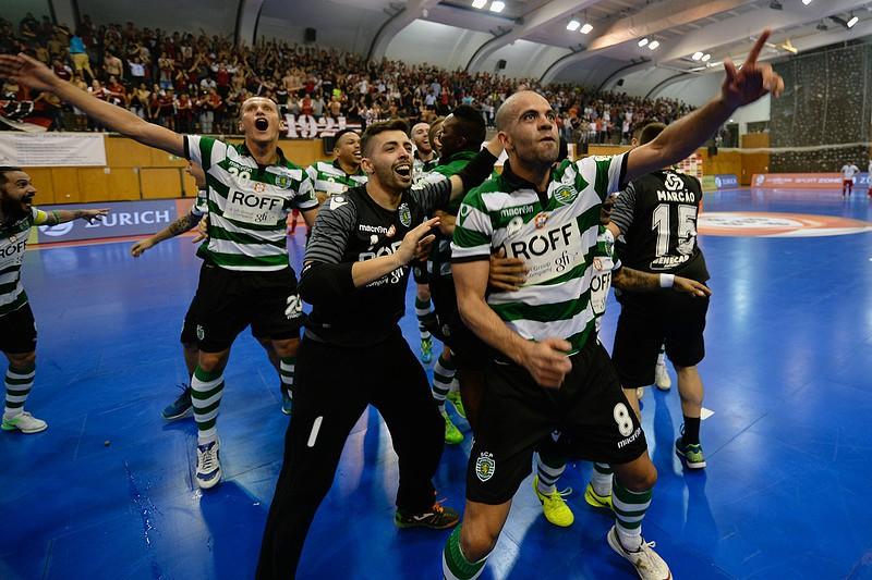 Sporting vence SC Braga e é bicampeão nacional de futsal - Futsal ... e0dd82779e845