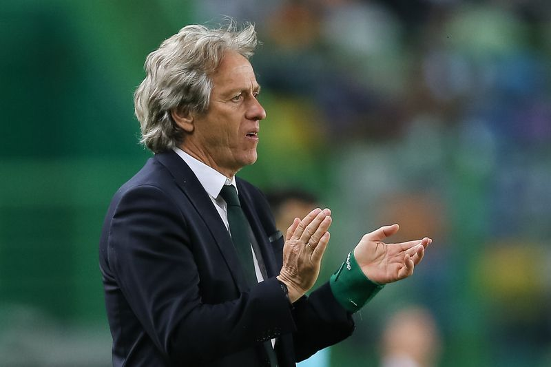 Jorge Jesus • Sporting head coach Jorge Jesus reacts during the Portuguese First League Soccer match against Boavista at Alvalade XXI Stadium in Lisbon, Portugal 8 of April 2017. MIGUEL A. LOPES/LUSA • Lusa