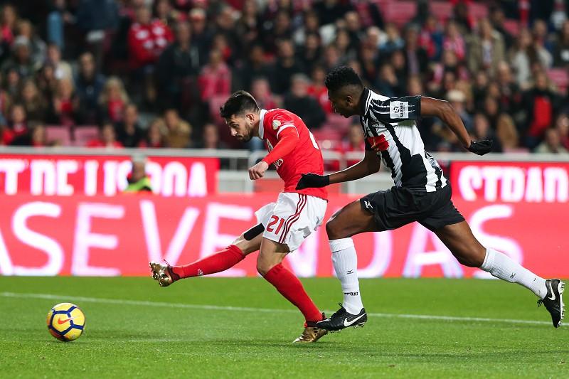34f185b785 Benfica empata com Portimonense na Luz e complica continuidade na Taça da  Liga