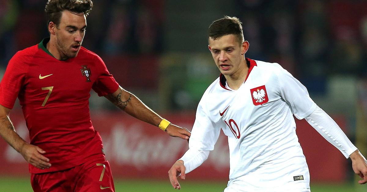 Sub-21 precisam de um empate frente à Polónia para assegurarem presença no  Europeu - EURO Sub 21 - SAPO Desporto 3e2fb42fbd2c5
