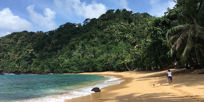São Tomé: as águas quentes e transparentes irão deixá-lo rendido