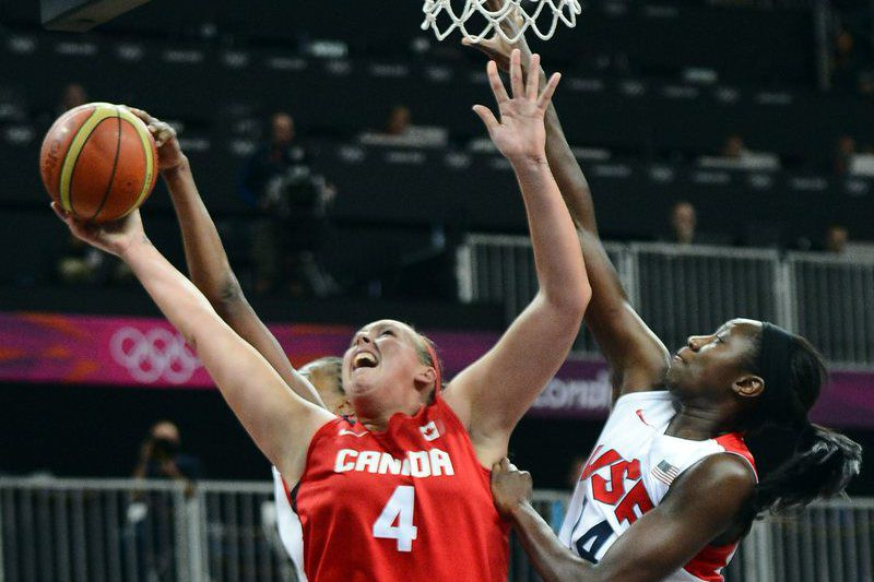 Estados Unidos e Canadá unidos no basquetebol feminino • LARRY W. SMITH