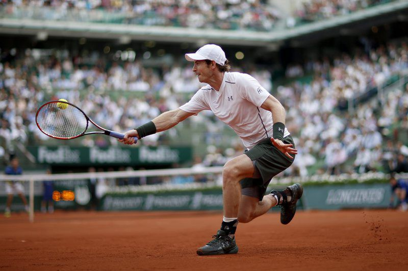 French Open tennis tournament at Roland Garros • epa05328766 Andy Murray of Britain in action against Mathias Bourgue of France during their men's single second round match at the French Open tennis tournament at Roland Garros in Paris, France, 25 May 2016.  EPA/YOAN VALAT • Lusa