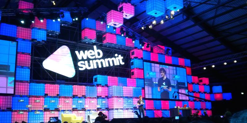 Co-fundador do Twitter e atriz de Game of Thrones entre os oradores do Web Summit 2018