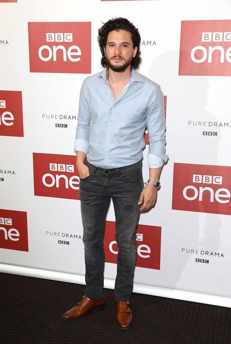 ae0787187 Kit Harington eleito o homem mais mal vestido por revista britânica ...
