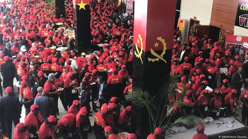 Angola: O que deverá dominar o congresso do MPLA?