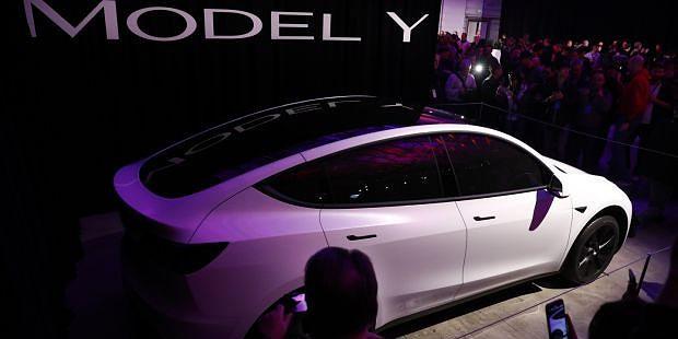 O novo Tesla Model Y já está disponível para pré-venda
