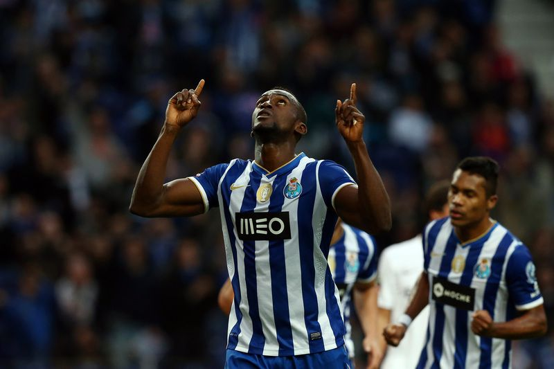 FC Porto vs Academica • FC Porto's Jackson Martinez celebrates after scoring a goal against Academica during their Portuguese First League soccer match, held at Dragao stadium, in Porto, Portugal, 6 April 2014. JOSE COELHO/LUSA • © 2014; JOSE COELHO