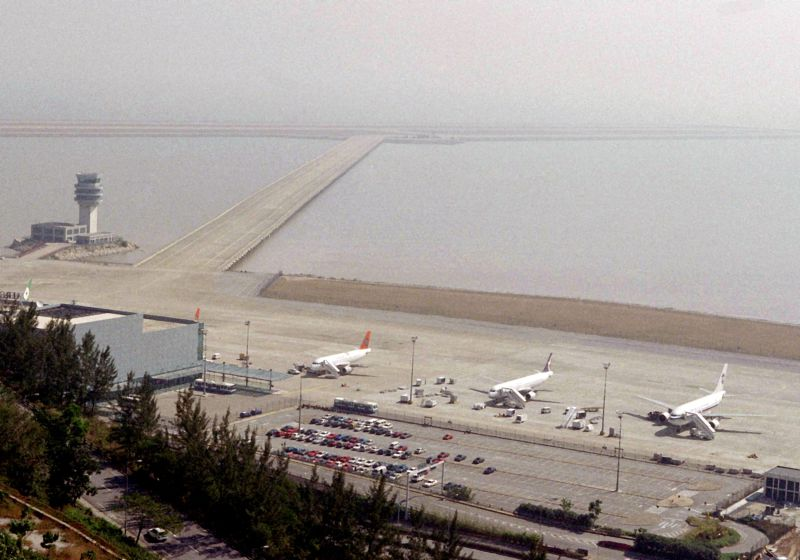 Aeroporto Internacional De Macau : Aeroporto de macau espera mais milhões