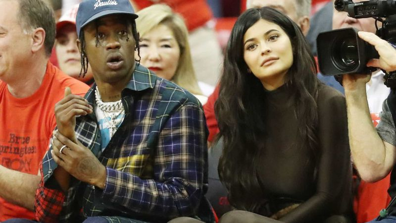 Após ser acusado de traição, Travis Scott quer casar com Kylie Jenner