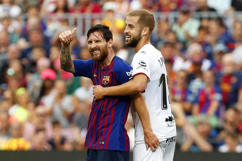 FC Barcelona marca oito na goleada ao Huesca 545241cc03d6e