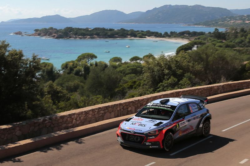 Thierry Neuville • PASCAL POCHARD-CASABIANCA / AFP