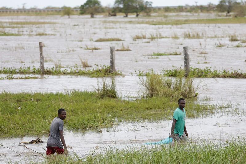 Idai: Governo angolano reforça ajuda humanitária às populações afetadas em Moçambique