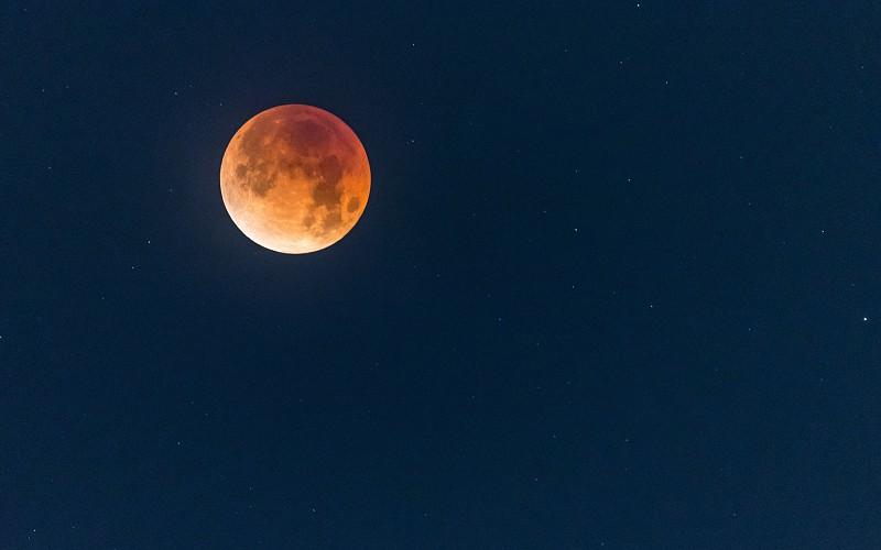 A Lua Cheia de maio  ganhar uma nova perspetiva sobre a vida ... 0d7a86b320