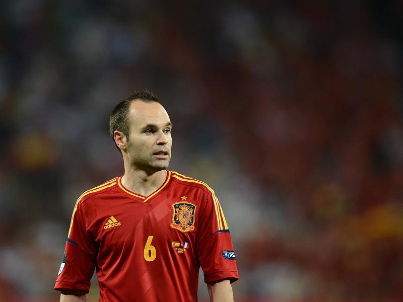 4df4e18346 Iniesta elogia Isco na seleção espanhola - La Liga - SAPO Desporto