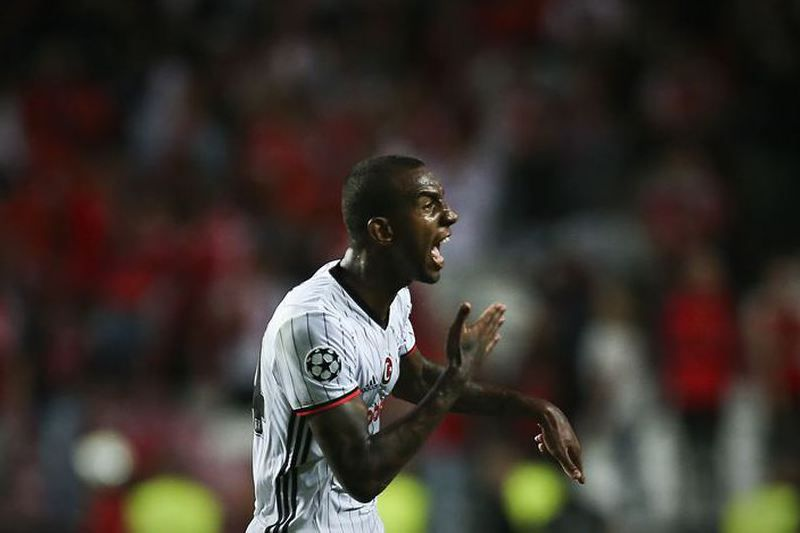 Besiktas pronto a pagar por Talisca no final da época