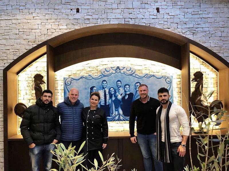 b057a7484df75 'Casa Aveiro': Mãe de Cristiano Ronaldo abre novo restaurante no Brasil