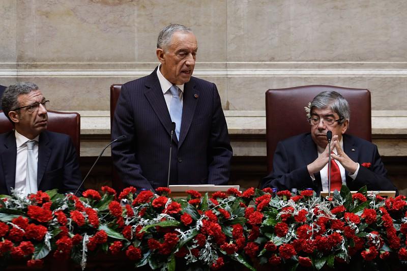 Resultado de imagem para 25 de Abril: Marcelo contra populismos e a favor da renovação política. Partidos de acordo