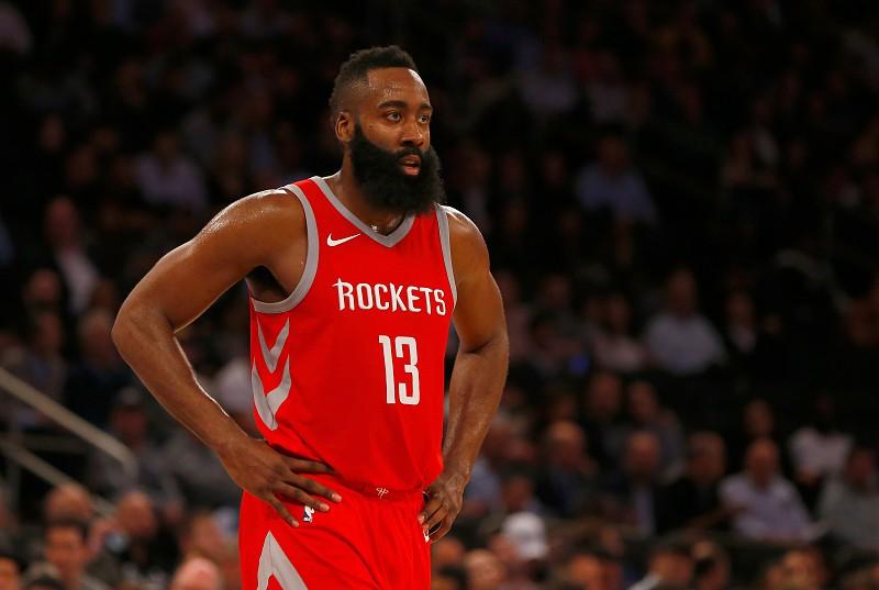 James Harden consegue  triplo-duplo  histórico na vitória dos Houston  Rockets 1b17a907f9c2d