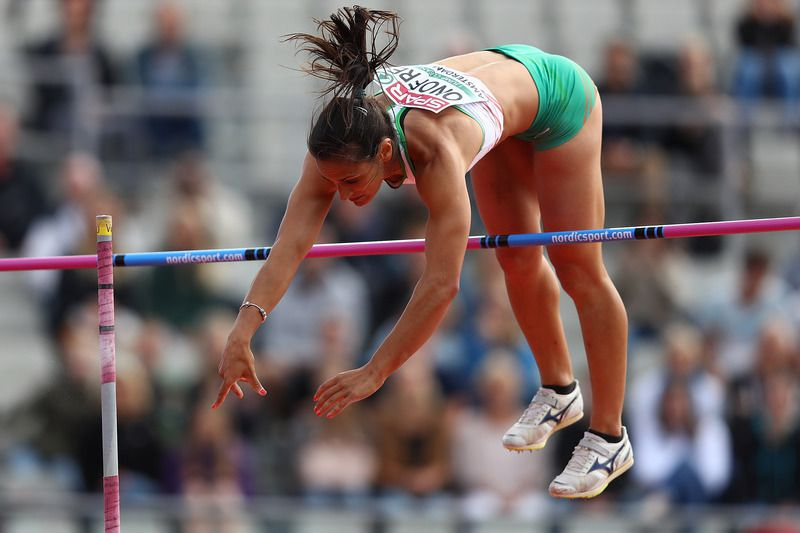 marta • AMSTERDAM, NETHERLANDS - JULY 07:  Marta Onofre of Portugal in action during qualifying for the womens pole vault on day two of The 23rd European Athletics Championships at Olympic Stadium on July 7, 2016 in Amsterdam, Netherlands.  (Photo by Dean Mouhtaropoulos/Getty Images) • 2016 Getty Images