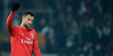 f90ec0b10a V. Guimarães 0-1 Benfica  Seferovic foi a prova viva da eficácia encarnada