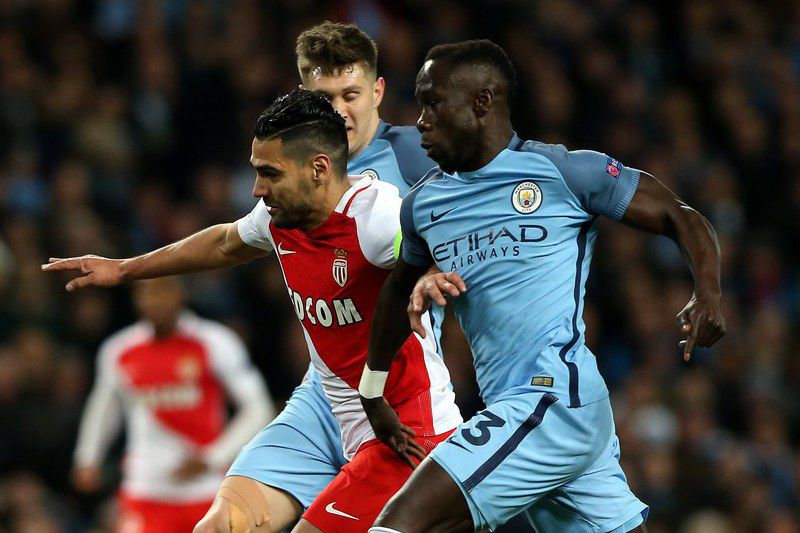 Manchester City vs AS Monaco • epa05807384  AS Monaco's Radamel Falcao (C) in action with Manchester City's Bacary Sagna (R) and John Stones during the UEFA Champions League round of 16 first leg match between Manchester City and AS Monaco at the Etihad stadium in Manchester, Britain, 21 February 2017.  EPA/NIGEL RODDIS • NIGEL RODDIS/EPA