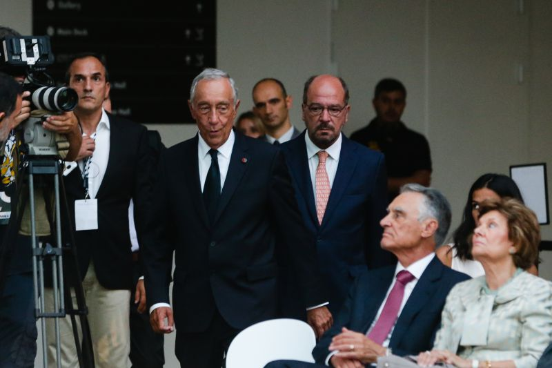 Cavaco sai de cerimónia de inauguração de  campus  da Nova antes de Marcelo  discursar 69b5193ff4d