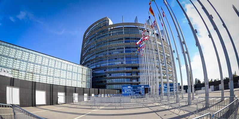 Comissão do Parlamento Europeu aprova por maioria nova lei de direitos de autor