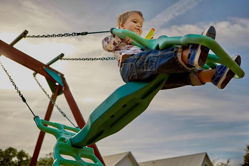 5 dicas para brincar em segurança nos parques infantis