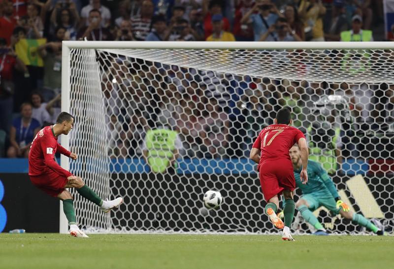 Seis golos, um hat-trick de Ronaldo, no empate entre Portugal e Espanha