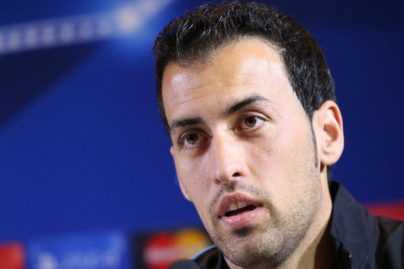 FC Barcelona press conference • epa04984405 Barcelona's Sergio Busquets attends a press conference in Minsk, Belarus, 19 October 2015. FC Barcelona will face FC BATE Borisov at the UEFA Champions League soccer match in Borisov on 20 October 2015.  EPA/TATYANA ZENKOVICH • Lusa