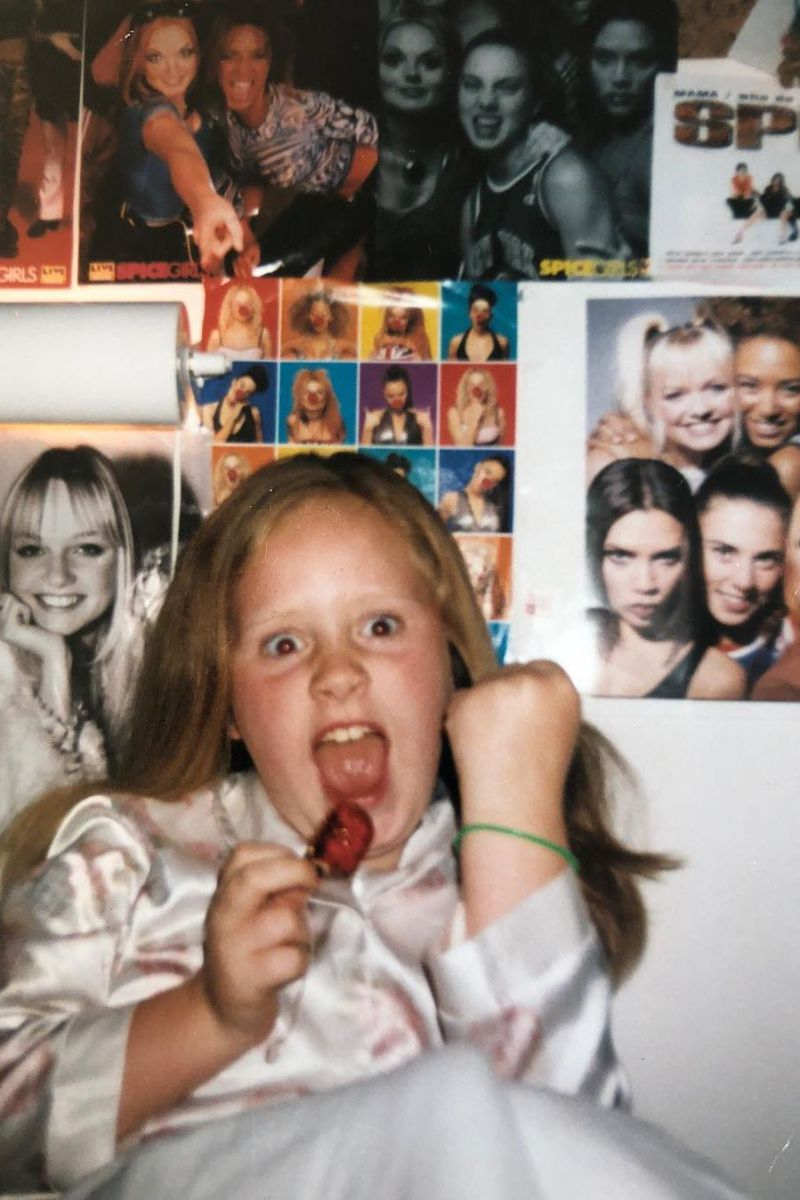 Adele reage ao regresso das Spice Girls.